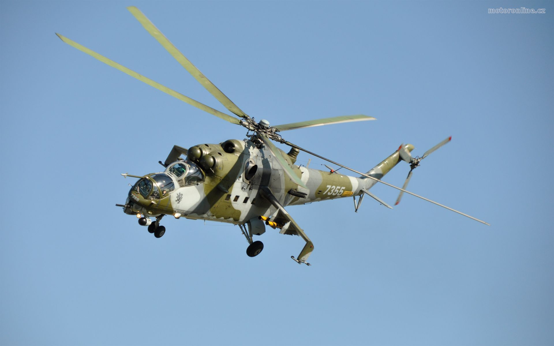 Helicopter MI 24 HIND widescreen