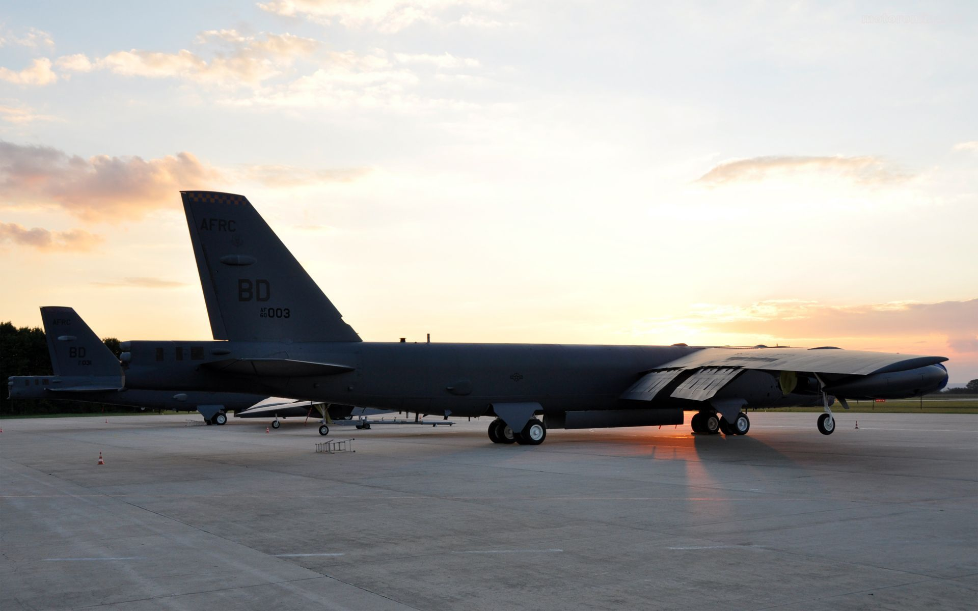 Two Bombers B 52H Stratofortress sunset widescreen